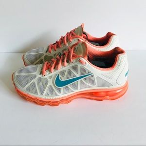 Nike Airmax 2011 N7 Size 7.5 Excellent Condition